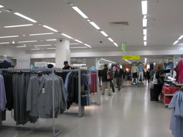 In Marks & Spencer, cam 15% din magazin vizibil