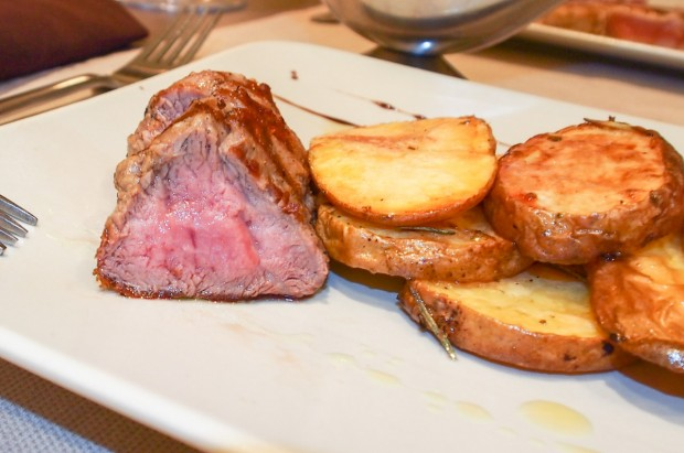 restaurant_nada_mas_spaniol_12_friptura_vitel_cartofi_copti