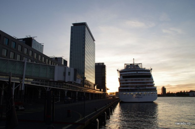 2012_09_06_amsterdam_vapor