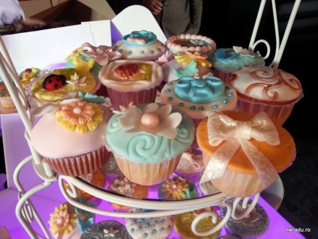 2012_10_25_cupcakes.37