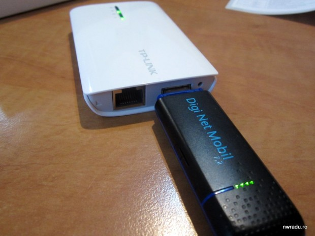 tp-link_mr3040_portable_router_09