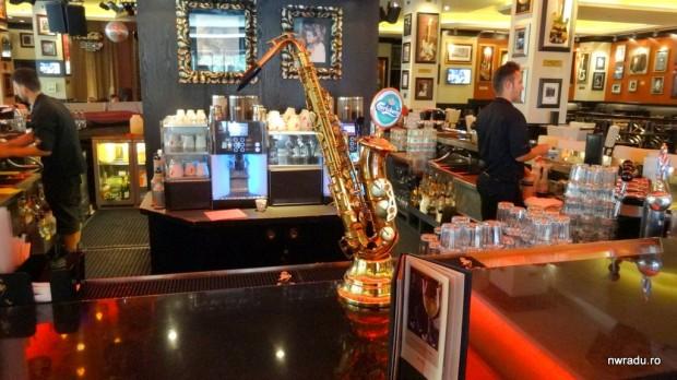 burger_hard_rock_cafe_09_local