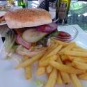 oxygen_sun_plaza_burger_01
