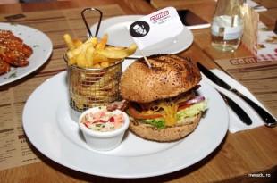 grand_combo_05_kevin_bacon_burger
