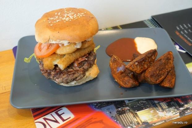 buffalo_baz_07_las_vegas_burger