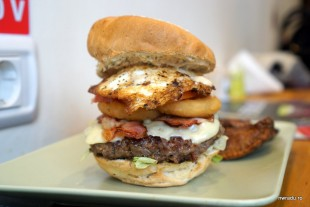 buffalo_baz_09_farm_burger