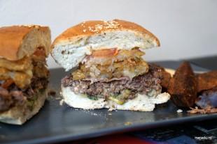 buffalo_baz_12_las_vegas_burger