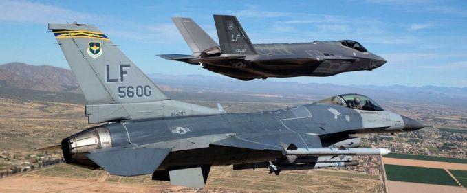 f35_f16_avioane