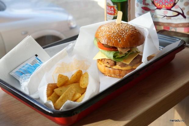 aria_gourmet_burger_05_latino_burger