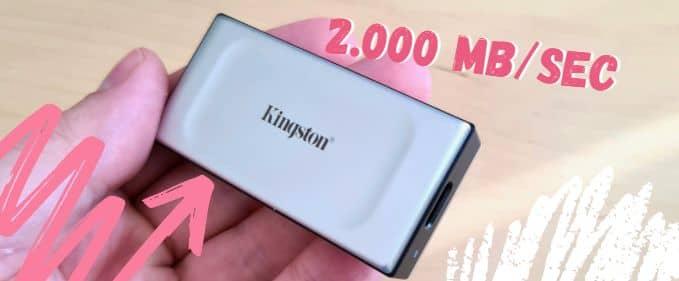 Review Kingston XS2000: un SSD portabil micuț, IP55, care prinde 2.000 MB/sec